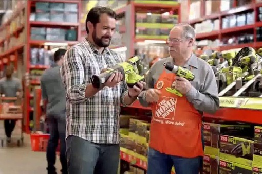 Người Mỹ mạnh tay mua sắm trong Ngày của Cha