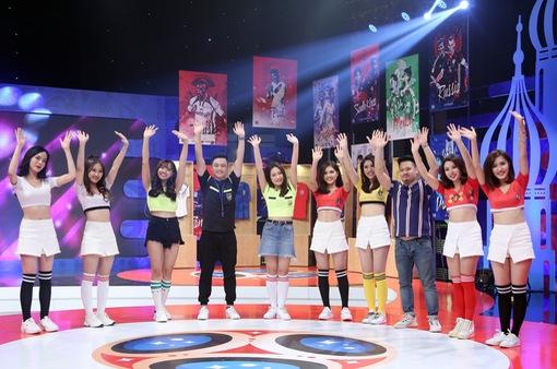 Nhạc sĩ Nguyễn Đức Cường nhảy cực sung trong Nóng cùng FIFA World Cup™ 2018