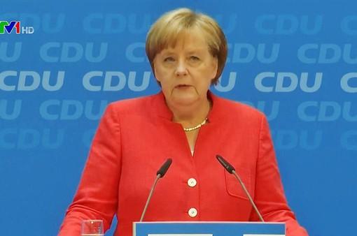 Bất đồng về chính sách tị nạn, Chính phủ Đức đối mặt khủng hoảng