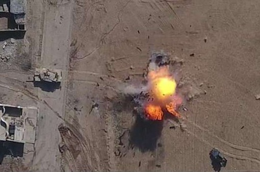Mỹ lo ngại IS dùng máy bay không người lái ném bom