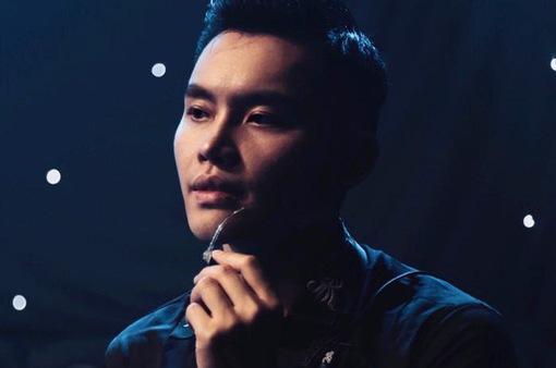 """MC Trần Mạnh Khang: Hết mình với """"tình yêu"""" mới"""