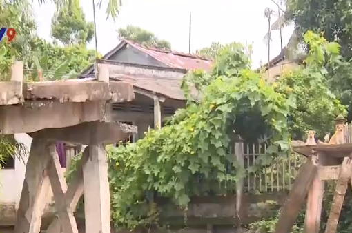 Kiên Giang: Giao thông chia cắt vì cầu sập