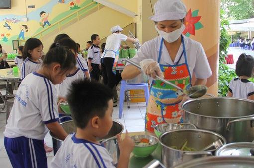 TP.HCM đẩy mạnh đảm bảo ATVSTP trường học