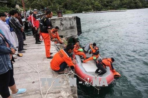 Cảnh sát Indonesia nghi ngờ có âm mưu đằng sau vụ chìm thuyền tại hồ Toba