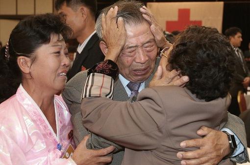 Ấn định thời điểm đoàn tụ các gia đình bị ly tán ở hai miền Triều Tiên