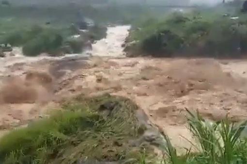 10 người thương vong, 3 người mất tích sau mưa lũ ở Tây Bắc