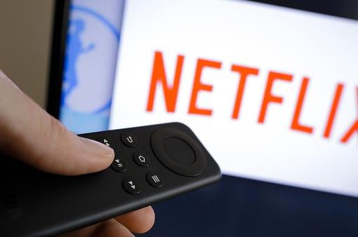 """Netflix """"đốt tiền"""" để thống trị lĩnh vực phát video trực tuyến"""