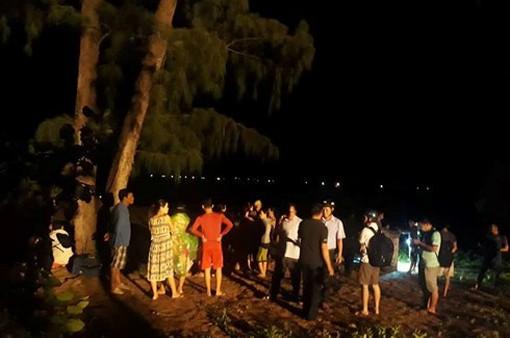 Bình Định: Vẫn chưa tìm được 1 thanh niên mất tích do sóng biển cuốn