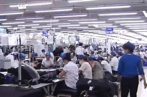 Các hãng dệt may có thể chuyển từ Trung Quốc sang Việt Nam, Campuchia