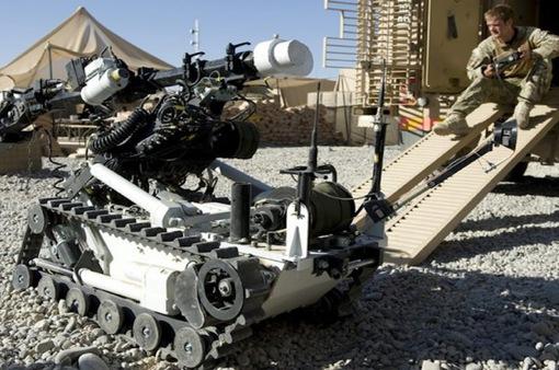 Giới công nghệ cam kết không phát triển vũ khí tự hành