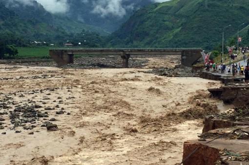 34 người thiệt mạng và mất tích do mưa lũ
