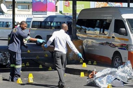 Nam Phi: 11 tài xế taxi bị bắn chết trên đường