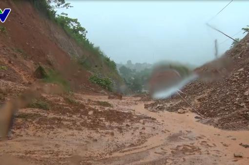 Nghệ An: Mưa lũ gây thiệt hại nặng nề, 5 người chết và mất tích