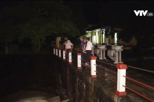 8 người chết, 2 người mất tích, hơn 1.300 nhà bị ngập do mưa lũ sau bão số 4