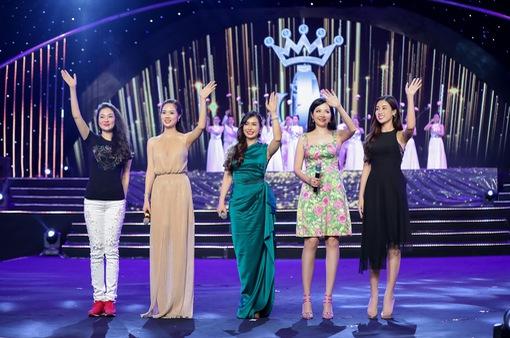 Dàn Hoa hậu Việt Nam cùng nhau khoe giọng ngọt ngào trong đêm Gala kỷ niệm 30 năm