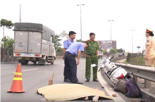 Truy bắt tài xế xe tải cán chết người rồi bỏ trốn ở Vĩnh Long