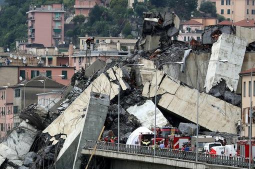 Ngừng tìm kiếm nạn nhân vụ sập cầu ở Italy