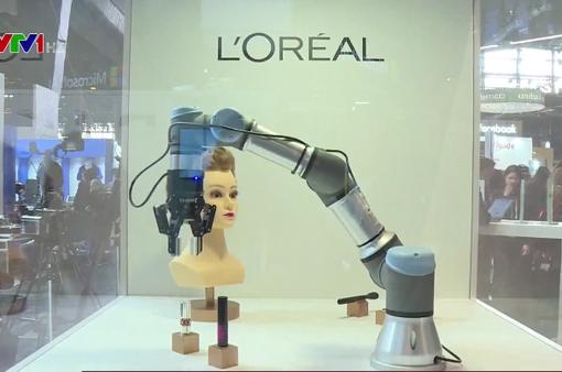 Con người học cách tồn tại trong kỷ nguyên robot
