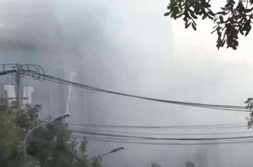 Người dân khốn khổ vì khói, bụi từ khu công nghiệp