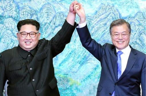 Lãnh đạo hai miền Triều Tiên ký bản Tuyên bố chung