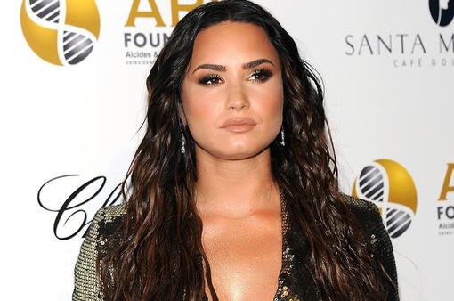 Mẹ Demi Lovato lần đầu trải lòng về quãng thời gian sốc thuốc của con gái
