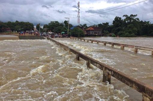 Mưa lũ gây thiệt hại lớn ở Campuchia