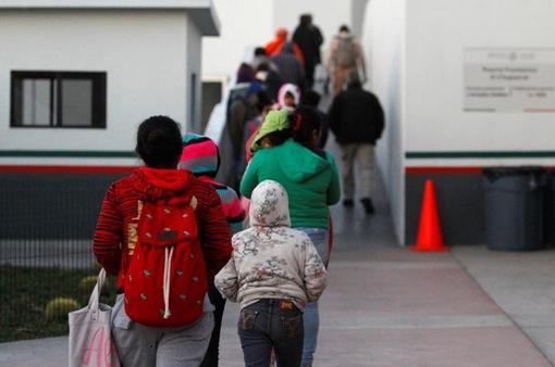 Mỹ có thể hạn chế người nhập cư không đủ năng lực tài chính