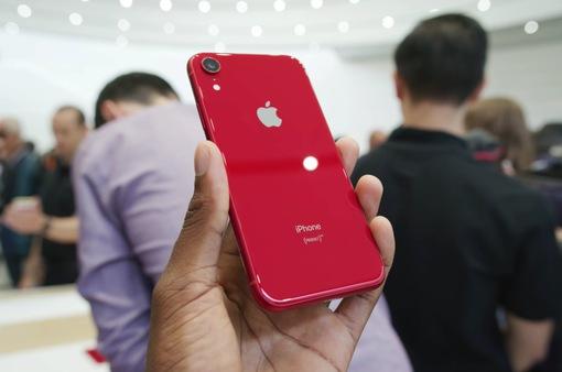 """Nhu cầu tăng mạnh, Apple """"cuống cuồng"""" tăng tốc sản xuất iPhone Xr"""