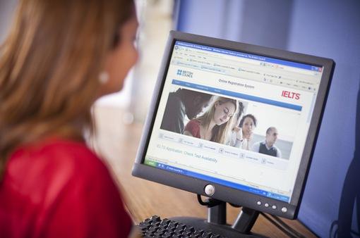 Ra mắt hình thức thi IELTS trên máy tính tại Việt Nam