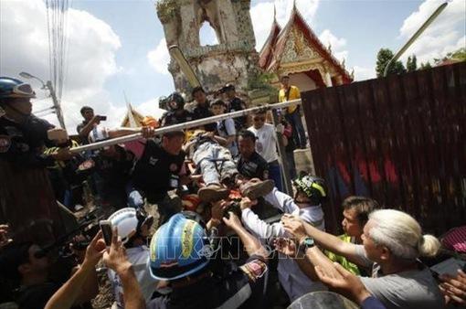 Thái Lan: Sập đền cổ, 12 người thương vong