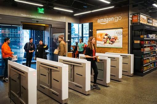 Trải nghiệm cửa hàng tự động đầu tiên của Amazon