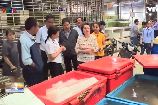 Kiểm tra chất lượng vệ sinh ATTP tại chợ đầu mối Bình Điền