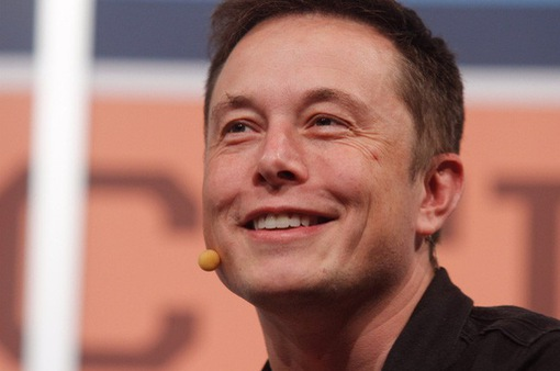 Tesla đưa ra phần thưởng độc đáo cho CEO Elon Musk