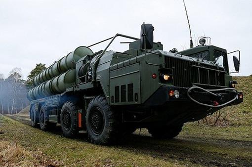 Nga chuyển giao tổ hợp tên lửa S-400 cho Trung Quốc