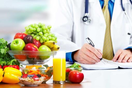 Nguyên tắc dinh dưỡng để đảm bảo hệ miễn dịch khoẻ mạnh chống COVID-19