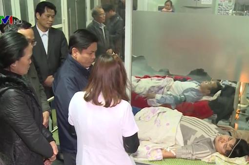 Bộ trưởng Nguyễn Văn Thể thăm hỏi các nạn nhân vụ TNGT ở Hải Dương
