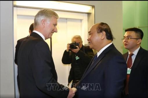 Thủ tướng Nguyễn Xuân Phúc gặp Nhà vua Bỉ