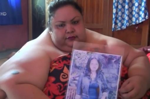 Người phụ nữ béo nhất Indonesia kêu gọi giúp đỡ
