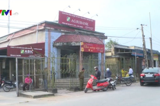 Bắt giữ đối tượng mang dao đi cướp ngân hàng Agribank Thái Bình