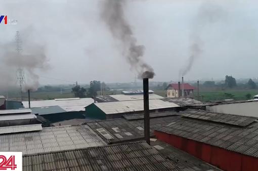"""Khí thải công nghiệp """"bức tử"""" môi trường: Bầu trời chung nên không ai khóc"""