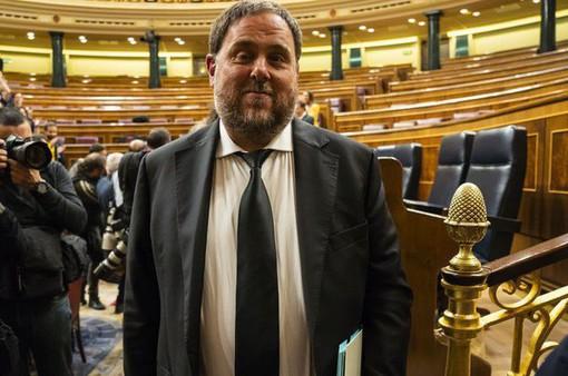 Tây Ban Nha phạt tù 9 cựu lãnh đạo vùng Catalonia vì đòi ly khai