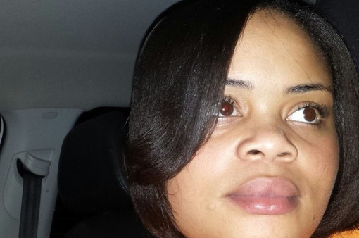 Mỹ điều tra vụ cảnh sát bắn chết phụ nữ da màu tại nhà