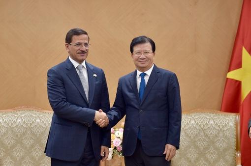 Đề nghị UAE chia sẻ kinh nghiệm tái cấu trúc nền kinh tế