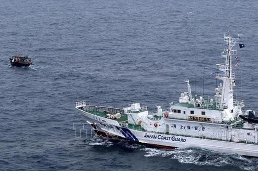 Nhật Bản tìm kiếm tàu cá Triều Tiên bị chìm ngoài khơi