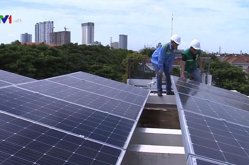Đã có gần 3.900 hộ dân nhận tiền bán điện Mặt trời