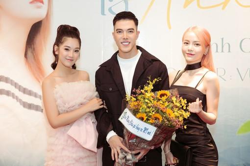 Minh Châu: Tôi thấy buồn... khi Hòa Minzy, Hoàng Yến Chibi thành công