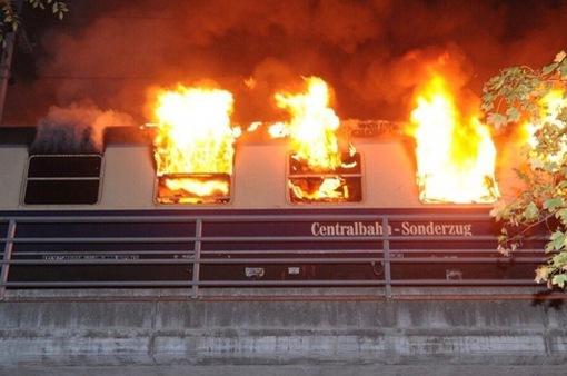 Cháy tàu điện tại thủ đô Berlin, Đức
