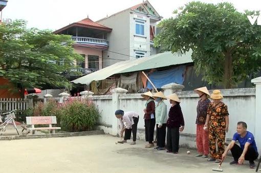 Bóng cửa - Môn thể thao đặc biệt ở làng Xuân Bách