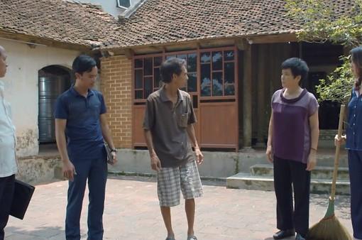 Hoa hồng trên ngực trái - Tập 23: Thiếu tiền làm ăn, Thái âm thầm bán đất ở quê của bố mẹ Khuê?