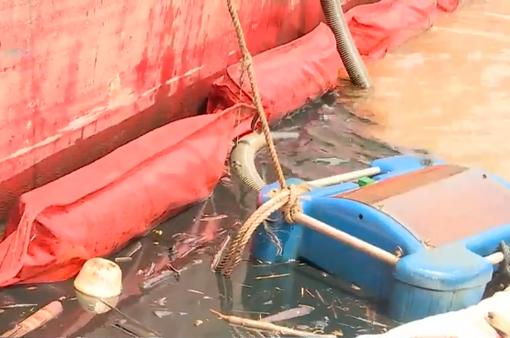 Bắt đầu triển khai hút dầu ra khỏi tàu chìm ở Cần Giờ